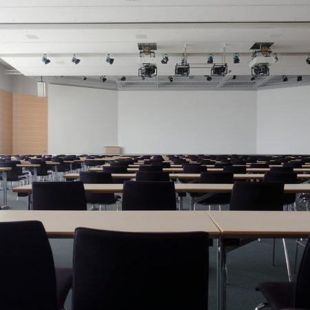 Προσεγγίζοντας Ποιοτικούς Υποψήφιους Πελάτες σε Κλαδικές Εκθέσεις & Συνέδρια
